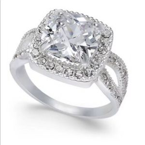 Charter Club Cubic Zirconia Ring Size 6